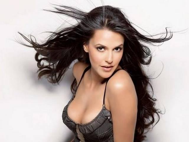 Indian supermodels get bitten by Bollywood bug: Neha Dhupia