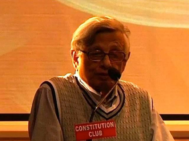 Historian Irfan Habib Compares RSS to IS