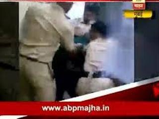 Mumbai_Police_Beating_young_couple