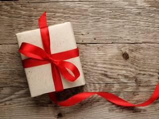 Five Gadget Gifts Between Rs. 5,000 and Rs. 10,000
