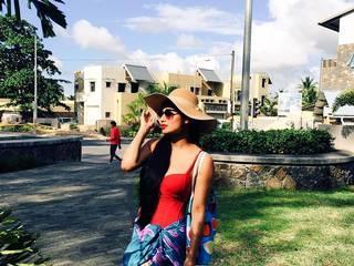 Pics: 'Nagin' actress Mouni Roy Unseen pics