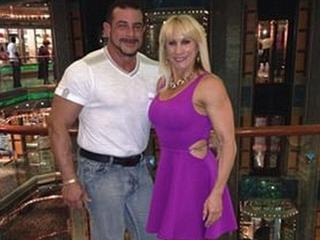 Miami bodybuilders_horse