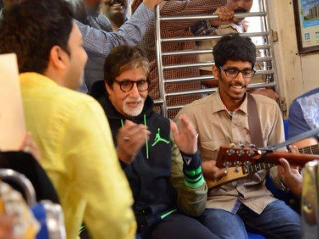 amitabh sing song in local train