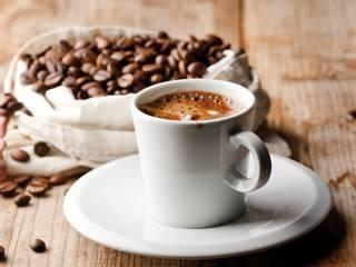 3-5 Cups of Coffee a Day May Lower Risk of Heart Attacks