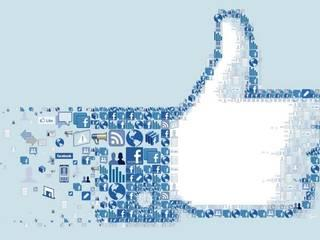 300-Plus Facebook Friends Means Stress for Teenagers