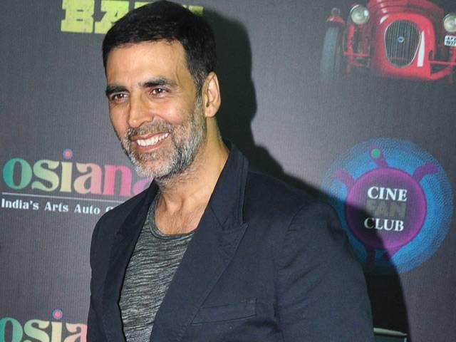What's So Special About Akshay Kumar in Rustom?