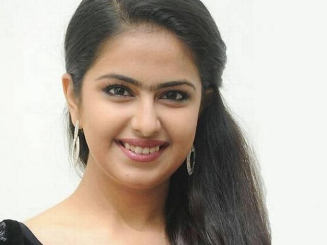 avika debue in tamil film