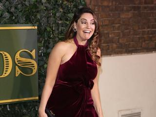 ACTRESS Kelly Brook's oops moment