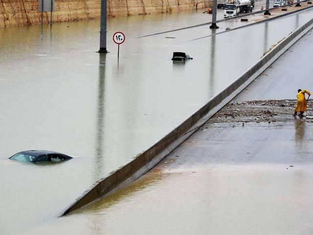 saudi's assim and Riyadh regions extremely affected by rains