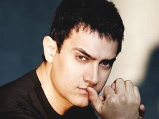 shiv sena announces 1 lakh for one slap to aamir khan