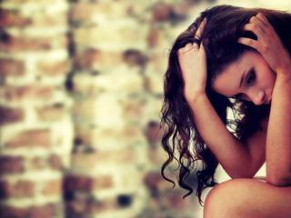 डिप्रेशन का जल्द करें इलाज, नहीं तो हो सकती हैं ये दिक्कतें!