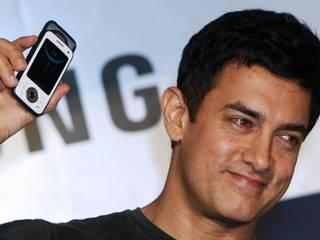 SEE WHICH SMARTPHONE BRANDS BOLLYWOOD CELEBRITIES USE