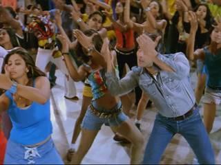 when Daisy Shah As A Background Dancer In Salman Khan's Lagan Lagi Song