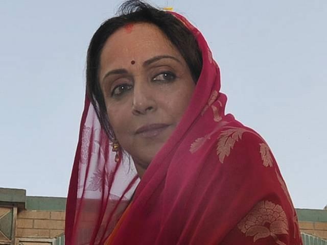 hema and pankaja have different views on women's entry in shani temple