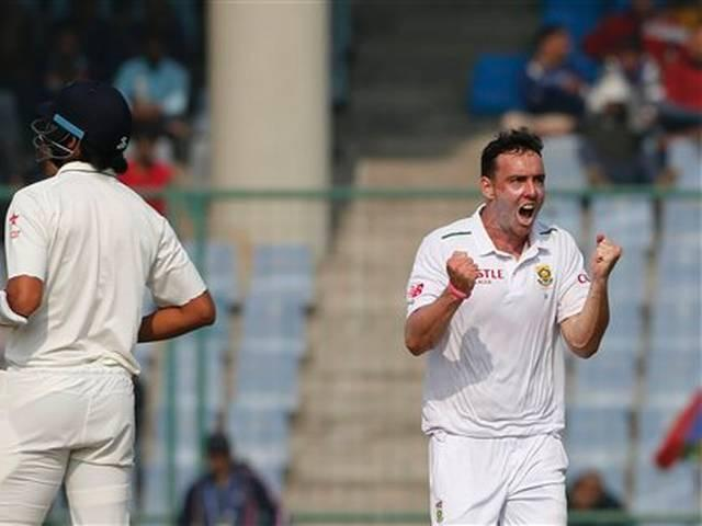 The longer India bat, the happier we are: Kyle Abbott