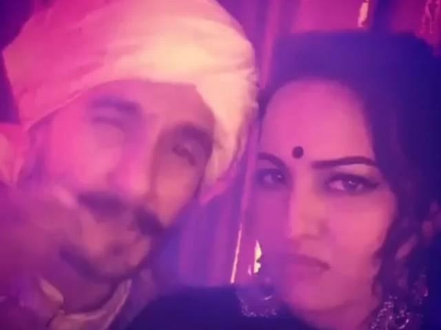 Ranveer and Sonakshin sinha's new dubsmash video