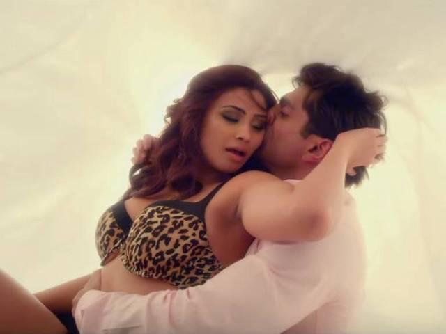 Hate Story 3 box office collection: erotic thriller collects Rs 26.82 crore in the opening weekend!