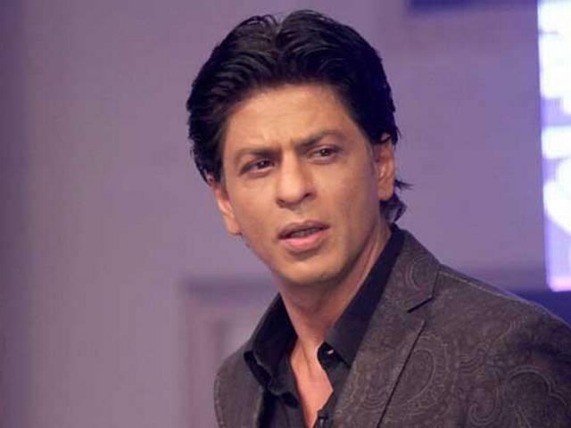 Shah Rukh  Khan appeals Pakistanis for his film Dilwale