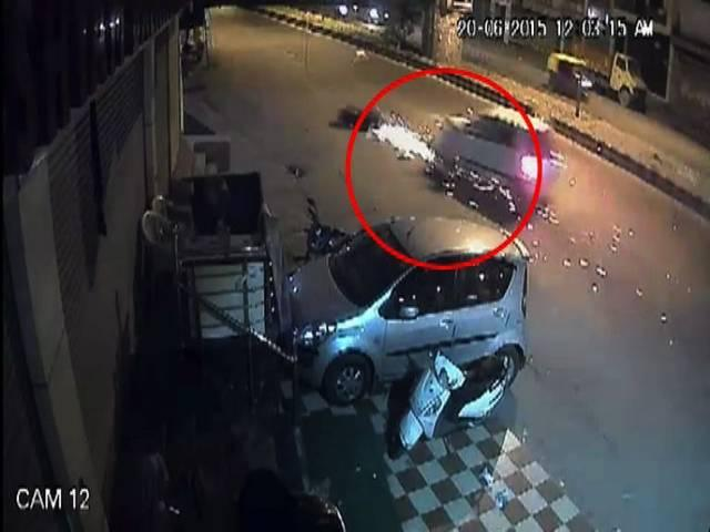 5 month old Accident Video of Delhi goes viral
