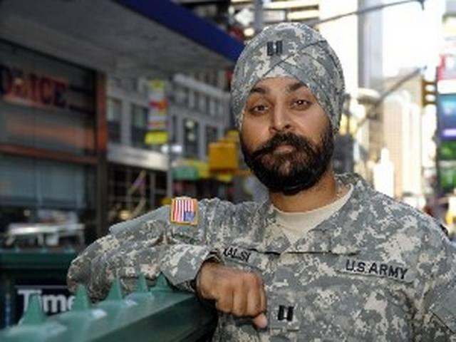 दस्तार के लिए एक अमेरिकी सिख सैनिक का संघर्ष