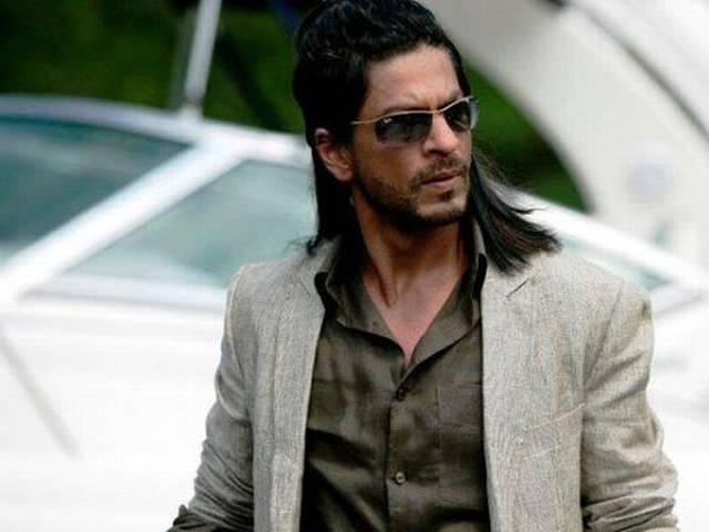 फरहान की अगली फिल्म में गुजराती डॉन की भूमिका निभाएंगे शाहरूख?