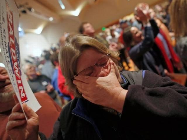 ओबामा की जीत: कहीं जश्न, कहीं आंसू