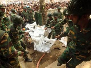 बांग्लादेश में मौत का तांडव