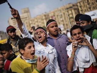 मिस्र में मोरसी का विरोध जारी