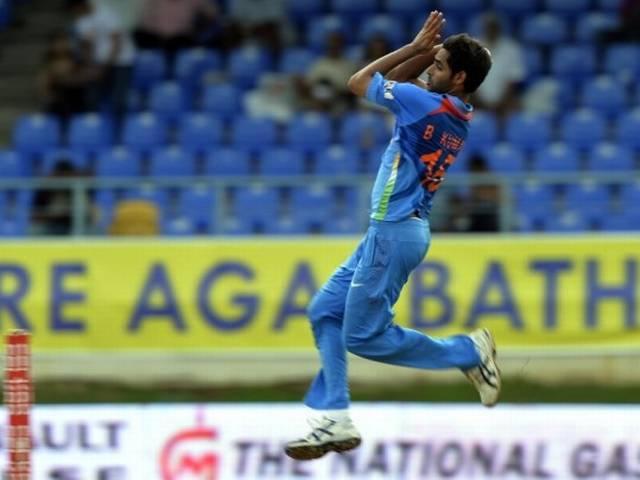 श्रीलंका को हराकर फाइनल में पहुंचा भारत