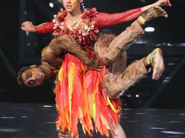 'झलक' के मंच पर 'डी-डे' का प्रमोशन