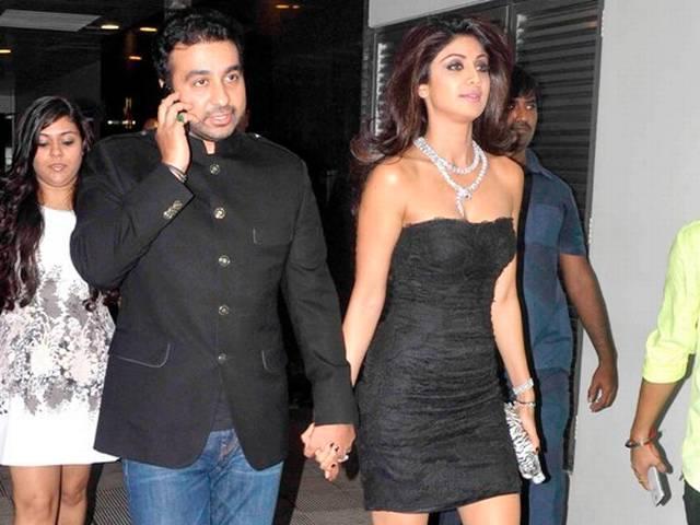 शिल्पा ने राज के लिए रखी सक्सेज़ पार्टी