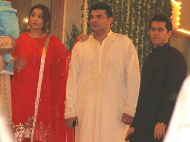 बिग बी ने शाहरुख-गौरी के साथ मनाई दीवाली पार्टी