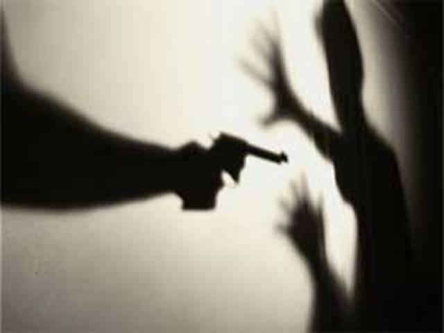 डिप्टी जेलर की गोली मारकर हत्या, क्या यूपी में चल रहा है गुंडाराज?