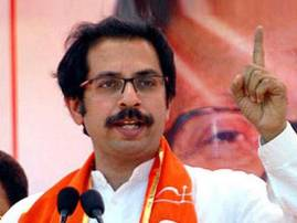 Modi govt a failure on many fronts, says Sena on anniversary