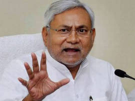 Nitish waives tax on export, bottling of liquor in Bihar