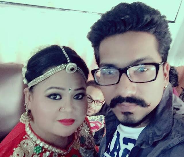 her boyfriend Bharti queen Singh with Pics: Comedy In