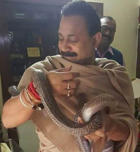 Viral News India: Photos Of Bihar Education Minister Holding, Playing With