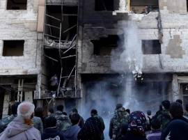 Islamic State bombings near Syria Shiite shrine kill 71