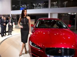 Auto Expo 2016: Jaguar XE sports saloon launched, available in two petrol variants
