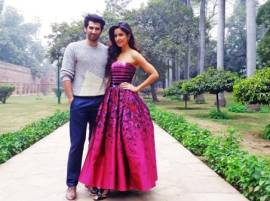 REVEALED: Katrina Kaif and Aditya Roy Kapur both paid equal amount for 'Fitoor'; Here's the amount!