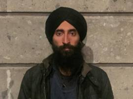 Sikh actor barred from boarding plane due to turban