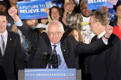 Sanders defeats Clinton, Trump wins in New Hampshire primary