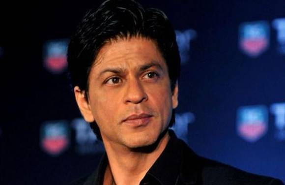 Stones pelted at Shah Rukh Khan's car in Ahmedabad, miscreants chanted Jai Sri Ram