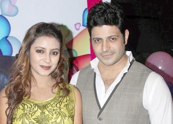 Pratyusha with Markhand