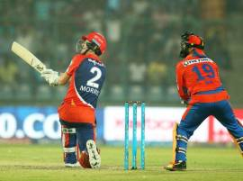 Gujarat Lions survive Morris storm to beat Delhi Daredevils by 1 run
