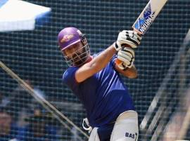 After losing Pietersen and du Plessis, third blow to MS Dhoni
