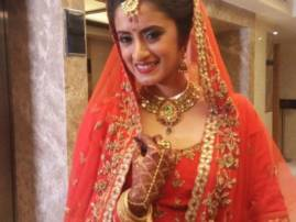 TV actress shares her post-marriage picture, calls herself 'Biwi No. 1'