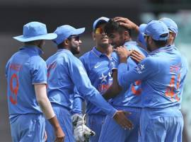 Sunil Gavaskar happy with Team India