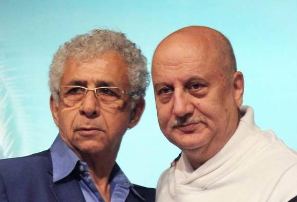 Kashmiri pandit row: Kher hits back at Naseeruddin, finds his comments