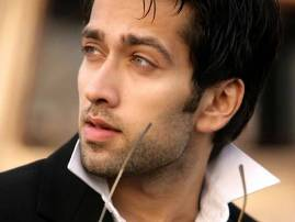 Nakuul Mehta's unique style to beat heat